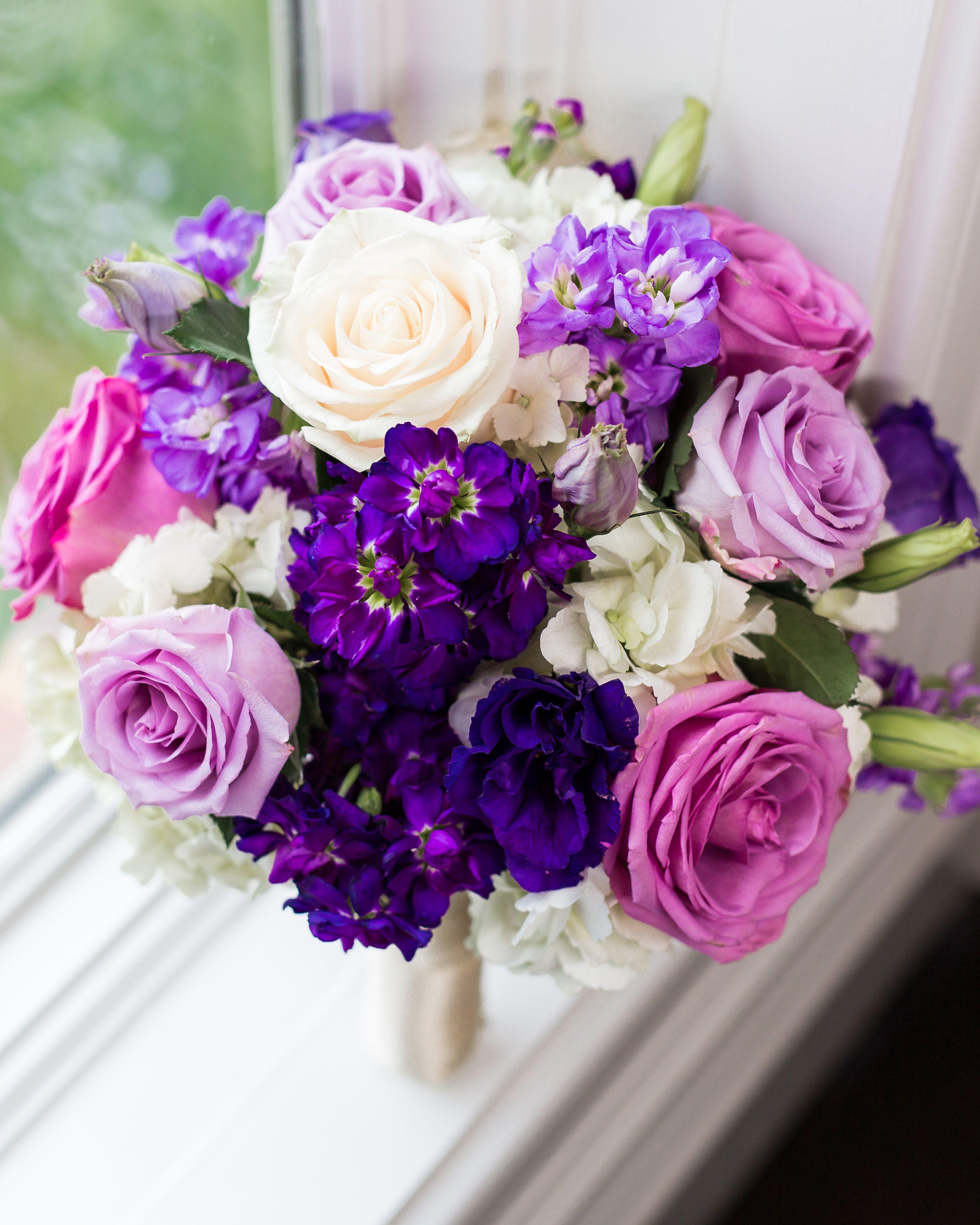 Bridal Bouquet Cream Purple and Lavender Hues Bergeronsflowers Design Ideas Lavender Flower Bouquet