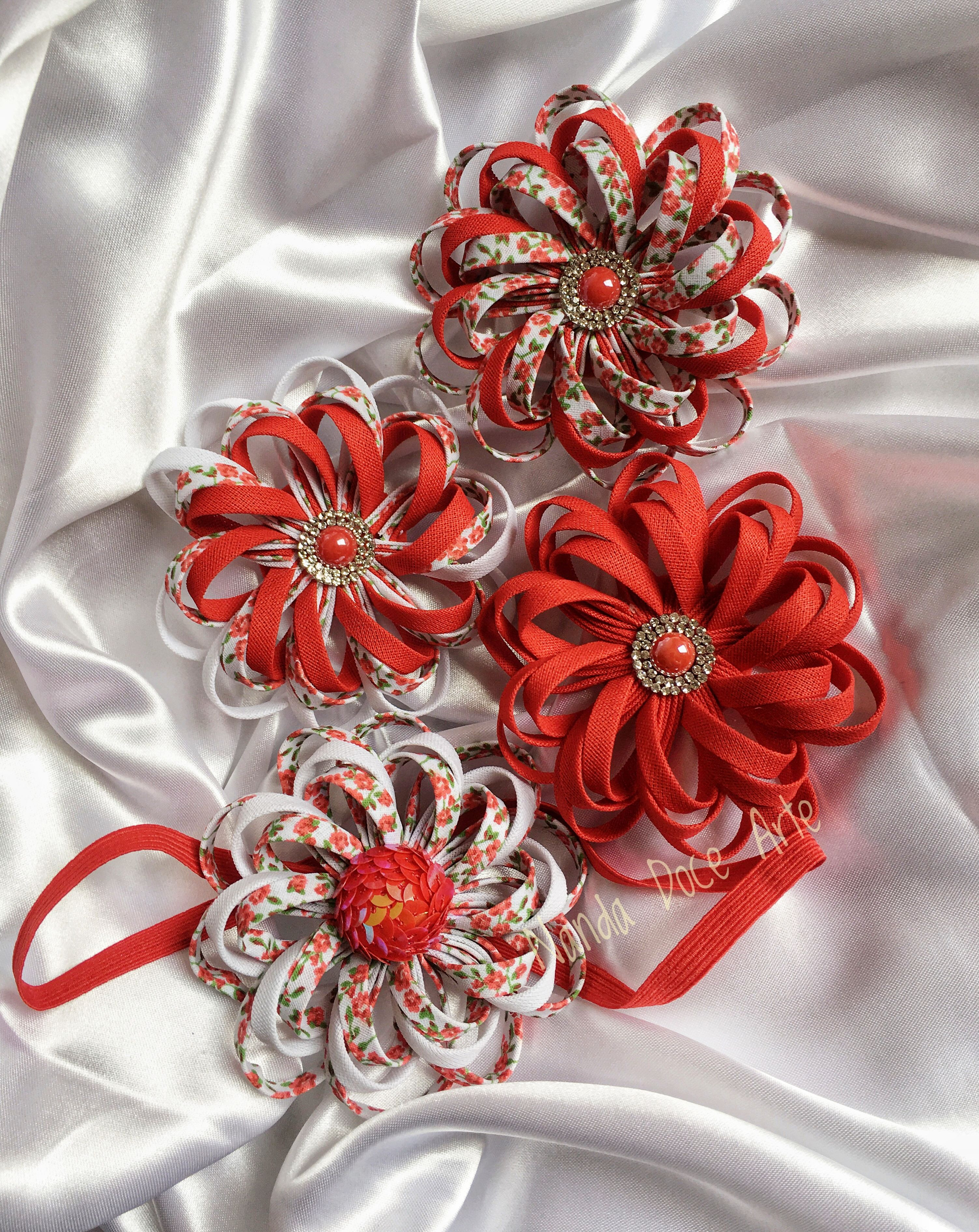 Flores de viés ❤ accesorios Pinterest