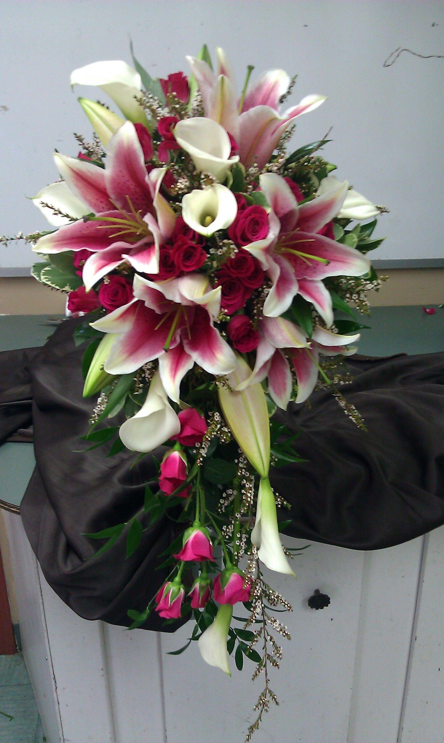 stargazer lily wedding bouquets Gallery