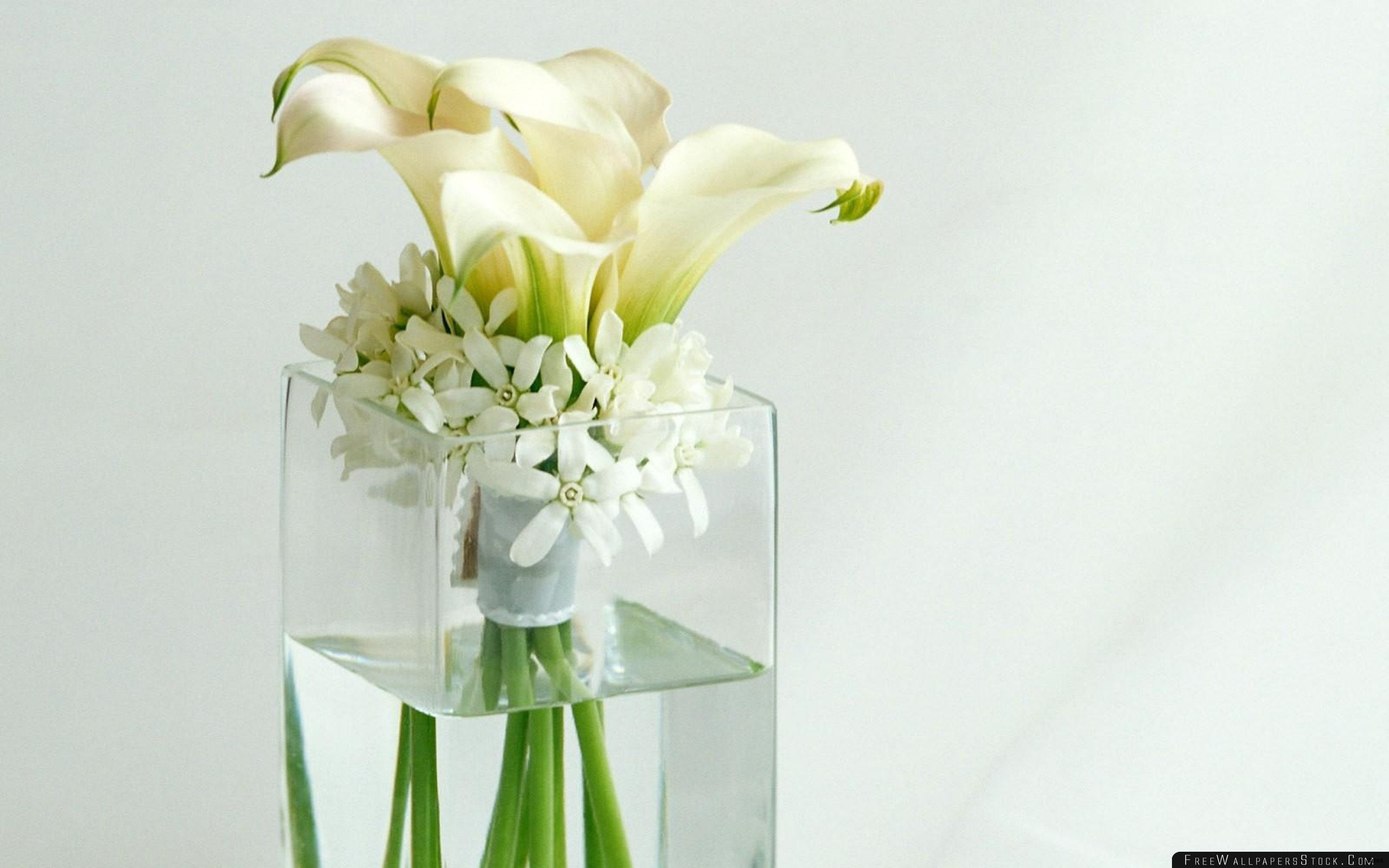 Tall Vase Centerpiece Ideas Vases Flowers In Water 0d Artificial Design Ideas something Different In