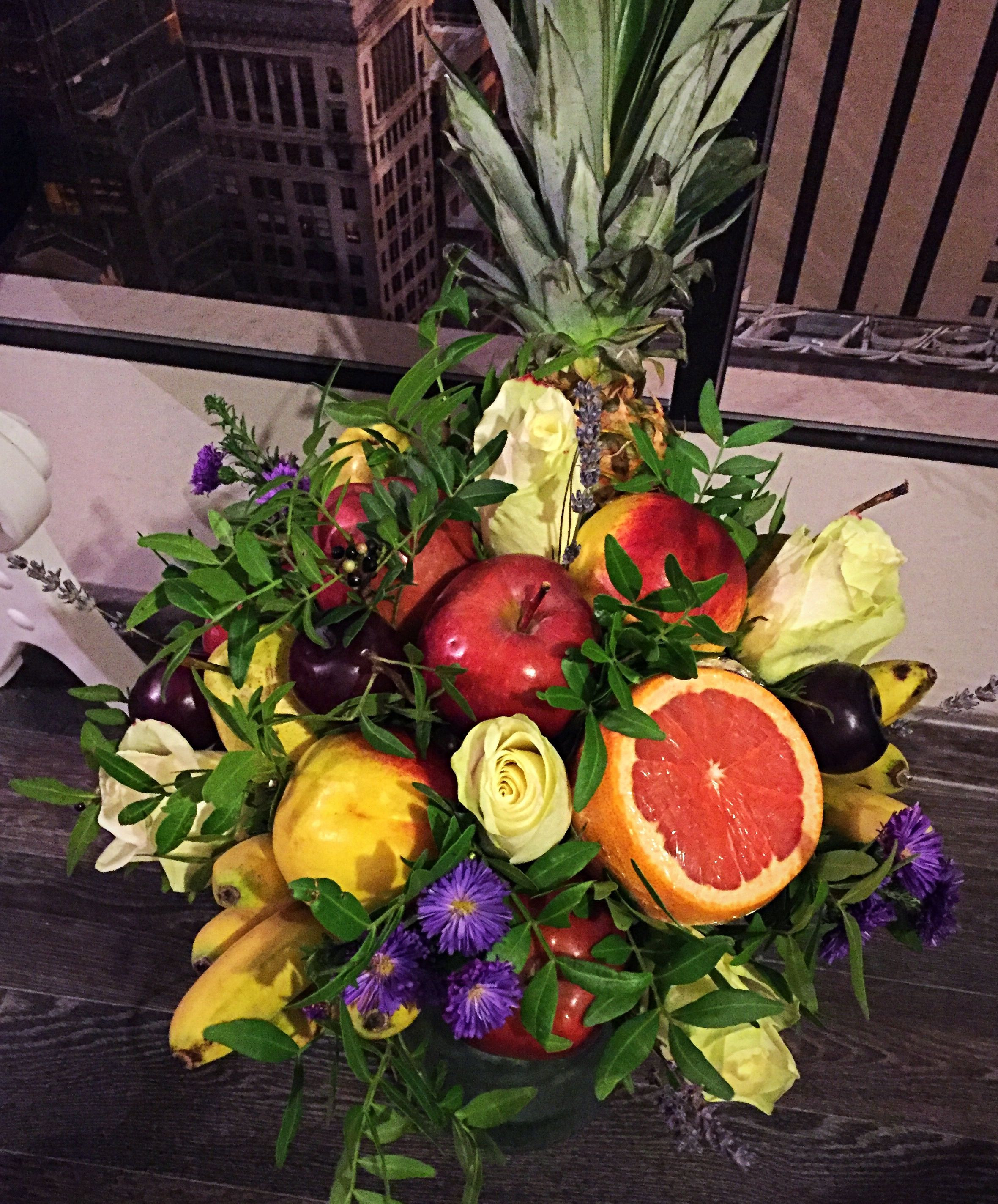 Starting from fiance birthday to wedding ceremony Bouquet is usually made of the arrangement of several types of beautiful flowers