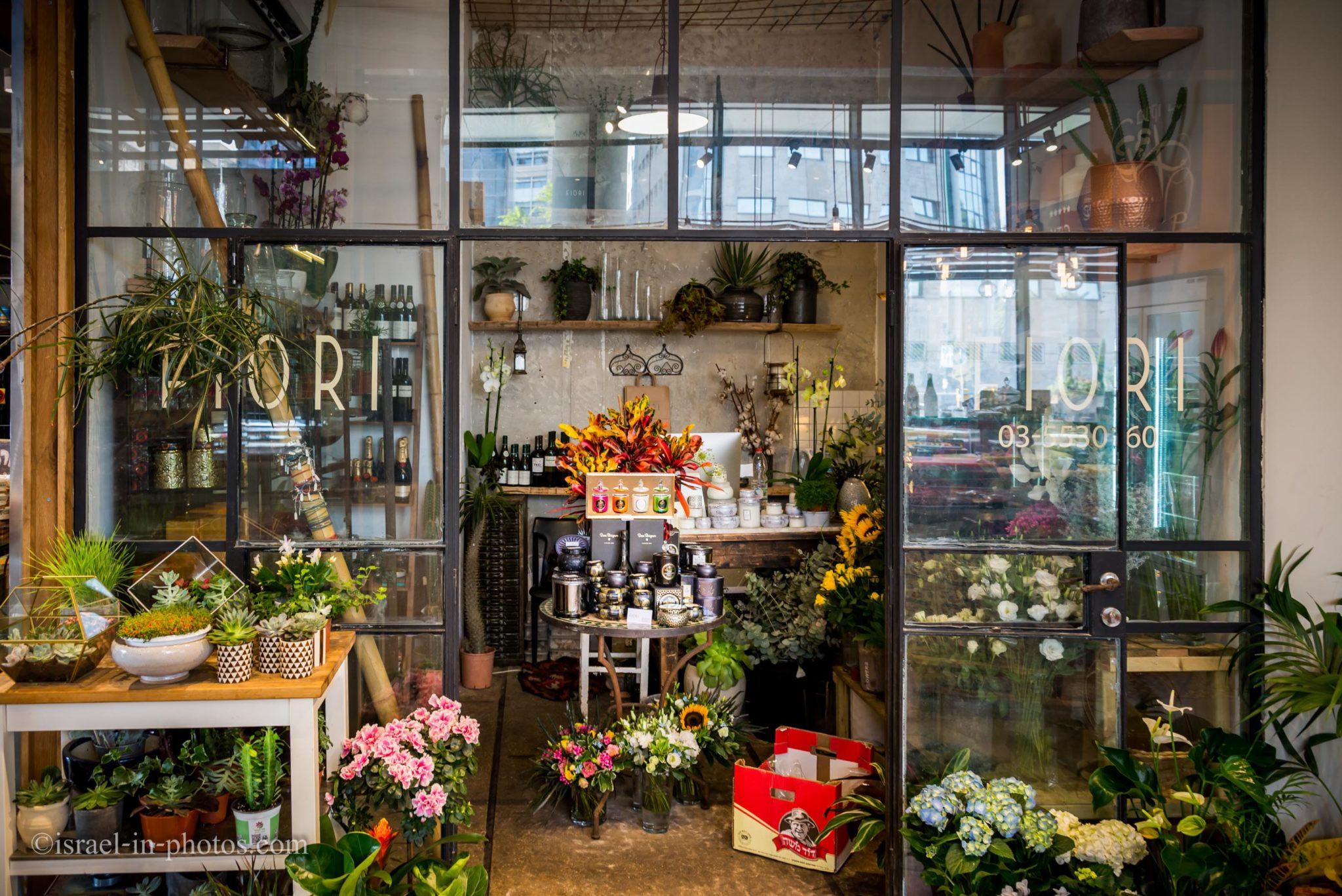 North Market ist recht klein Es gibt rund um 30 Geschäfte Restaurants in insgesamt Und es gibt auch ein Blumengeschäft