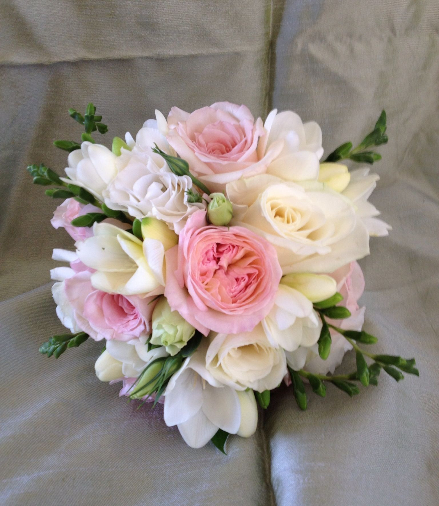 David Austin roses freesias and lisianthus