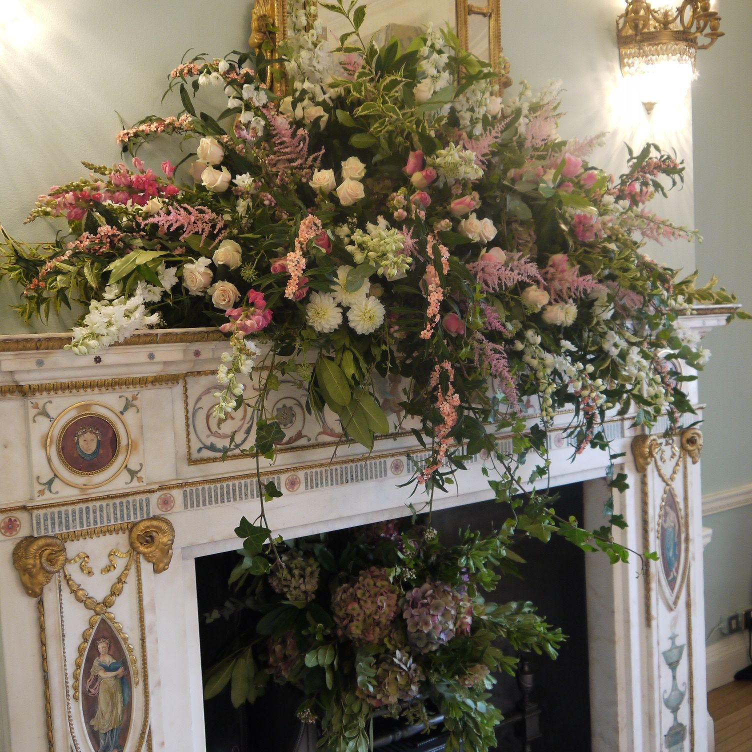 Floral mantle design