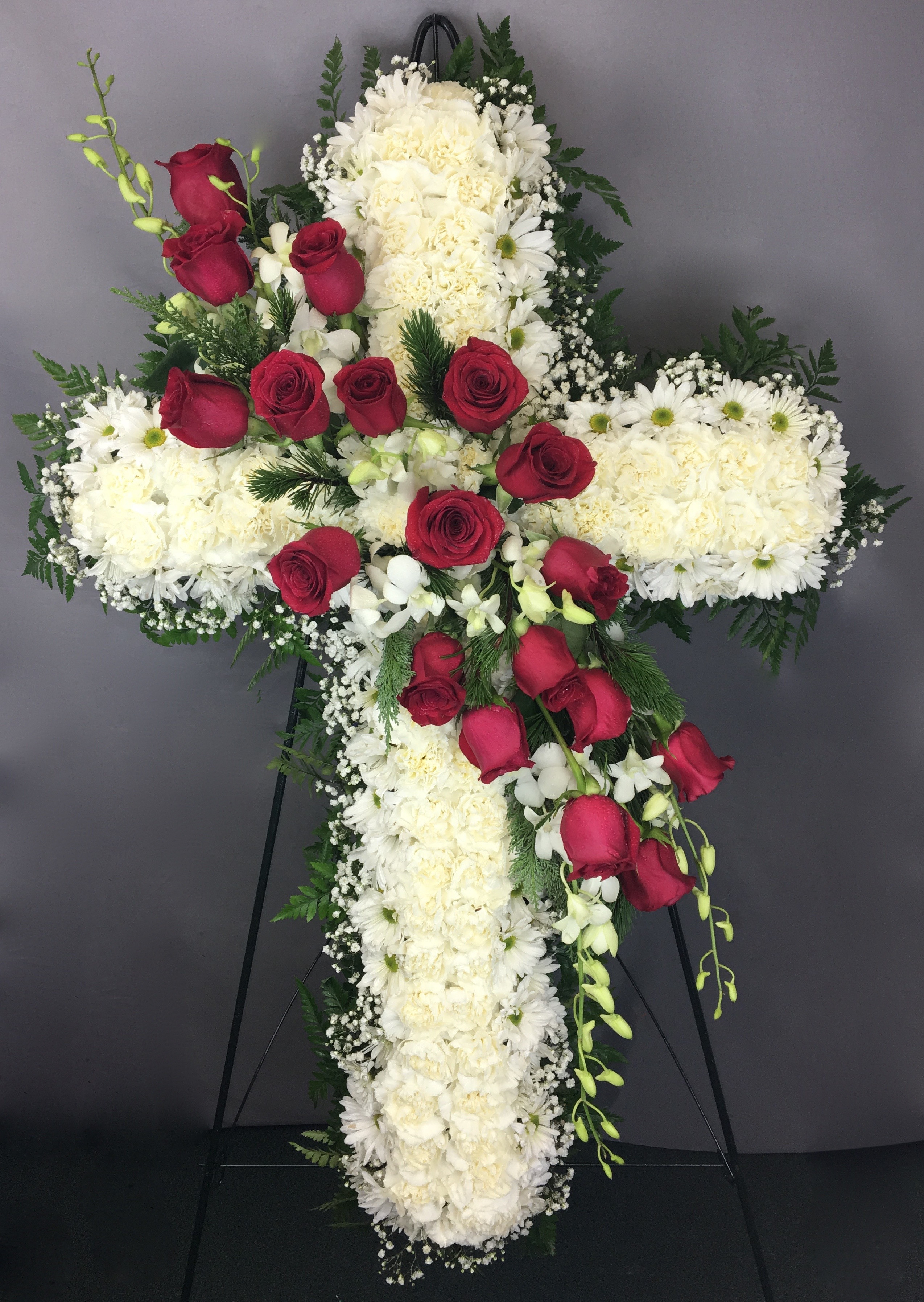 We offer funeral and sympathy flower delivery to funeral homes all over DFW Send your best by the best