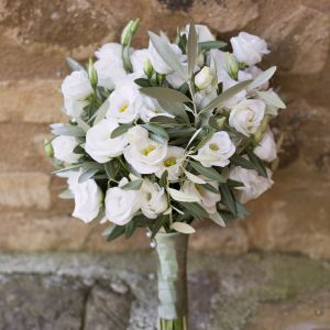 Flowers Online Italy Awesome White and Green Olive Botanical Bouquet at A Tuscany Wedding