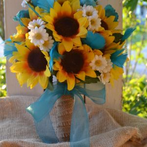 Flowers today Elegant My Day Bouquet Sunflowers Turquoise Rose Buds Turquoise Goose