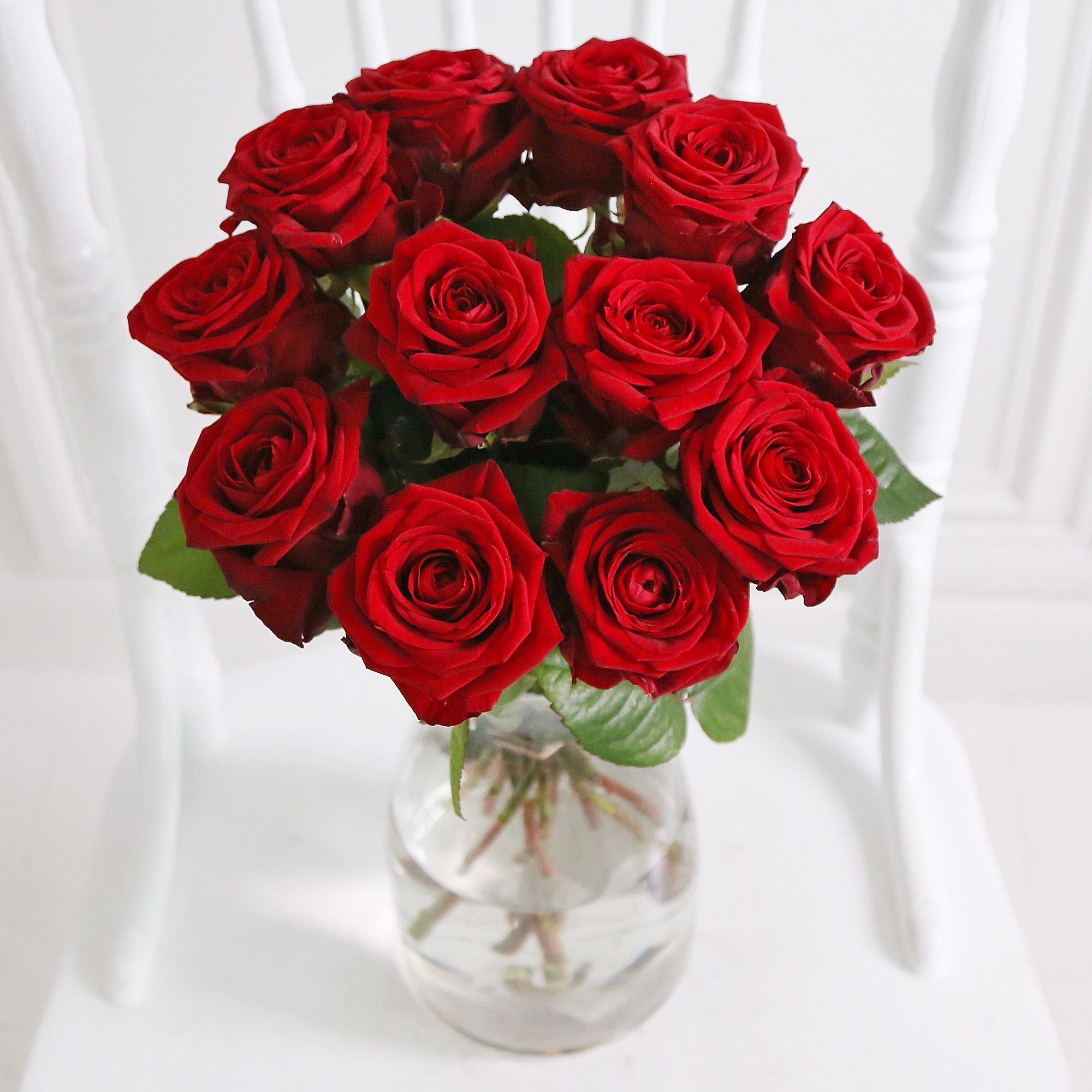 Call now on 0800 0350 Flower Delivery London & UK from leading online flower shop Arena Flowers