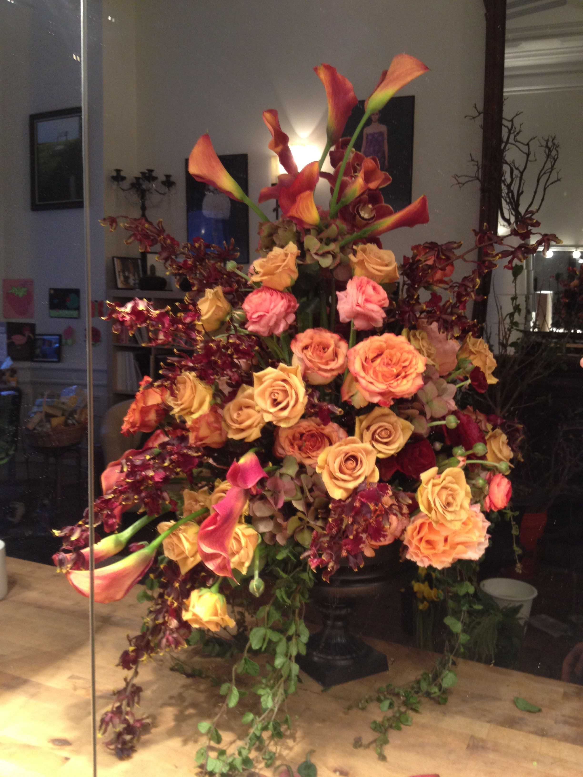 From fresh flowers arrangements and bouquets to gourmet t crates Same day flower delivery NYC Gift Delivery in USA