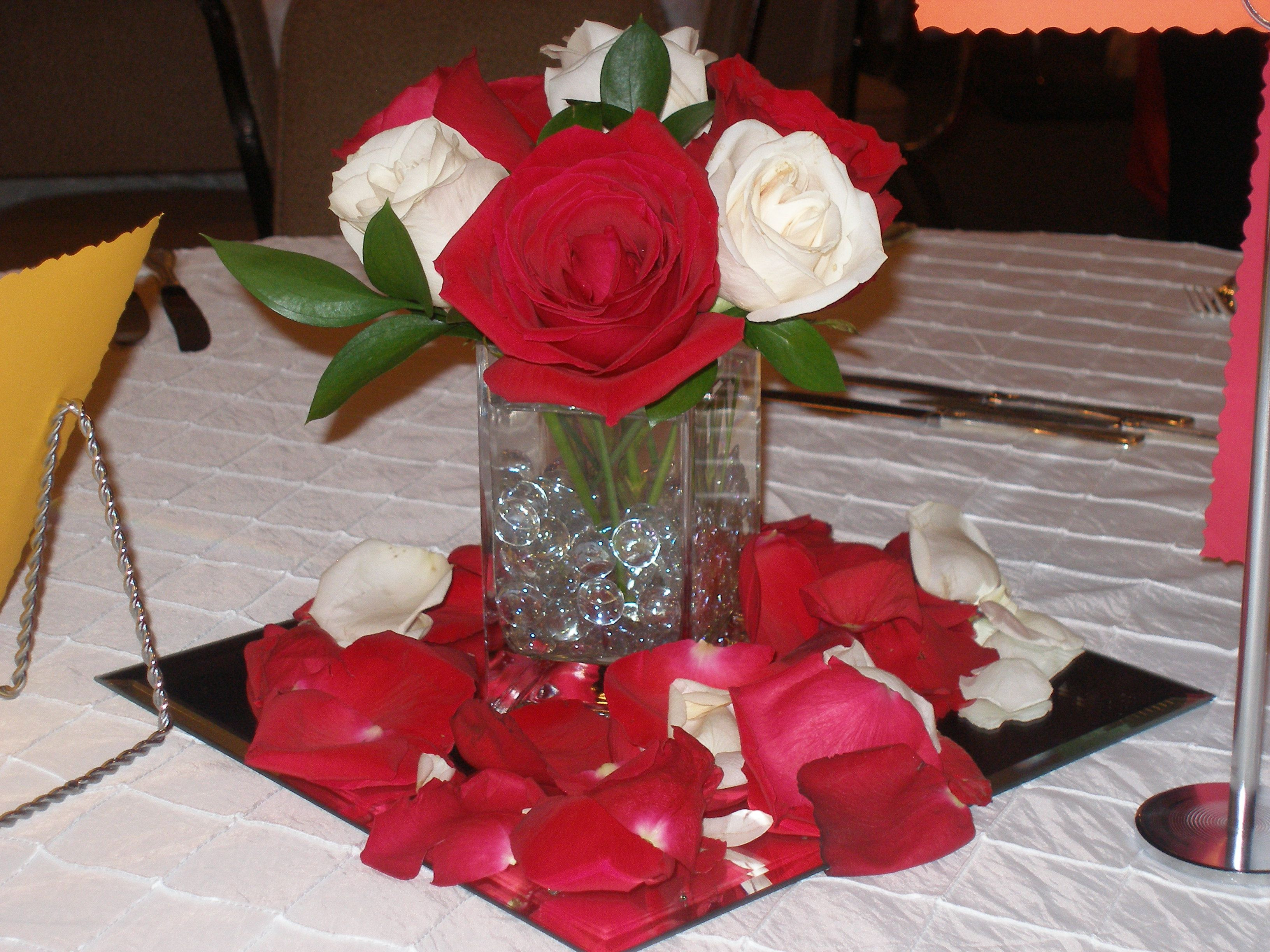 Red and white roses MyWeddingFlowers ShortCenterpieces Centerpieces WeddingReception