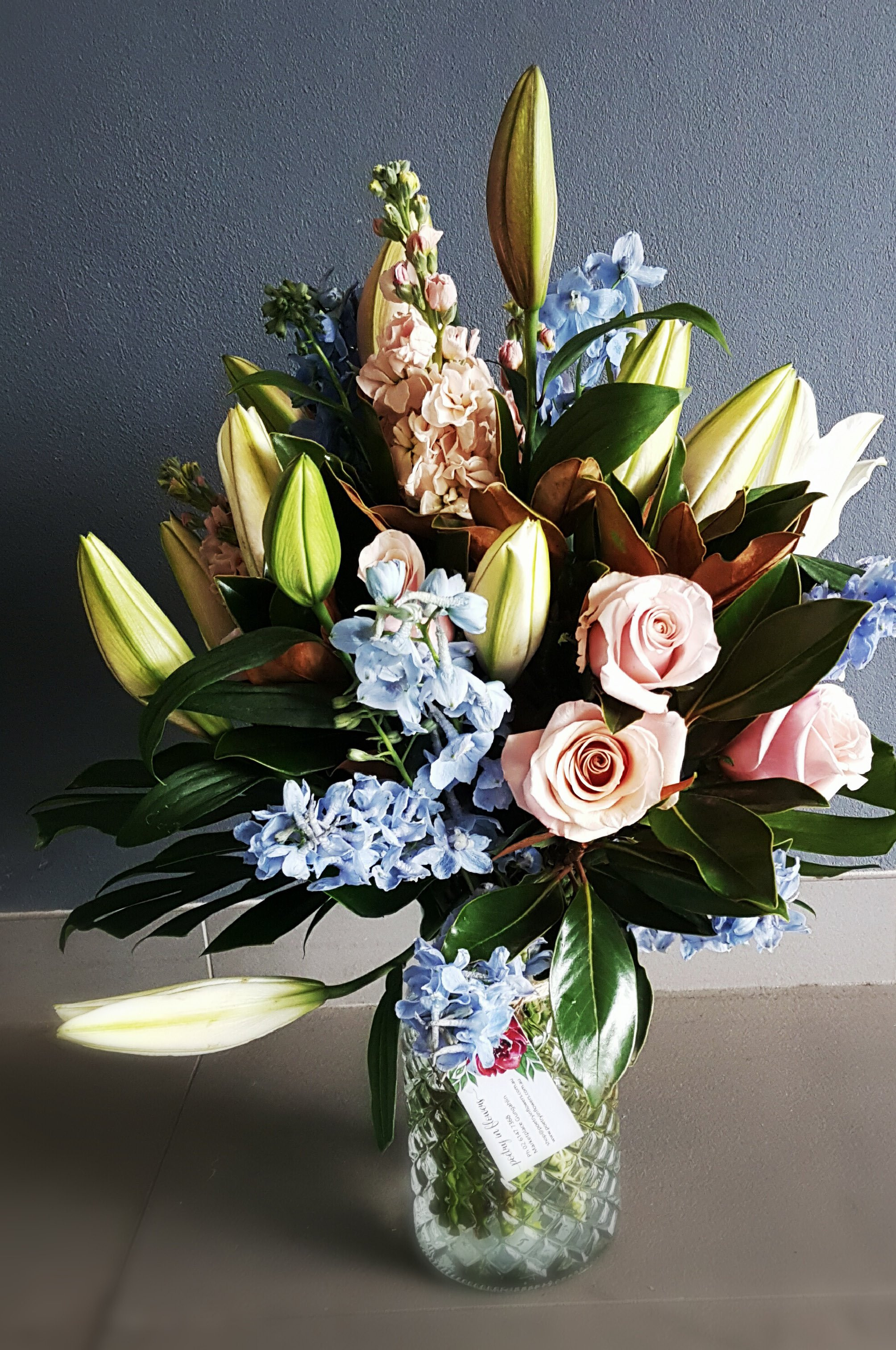 Same Day Sunday Flower Delivery Inspirational Seasonal soft Blooms – Poetry In Flowers