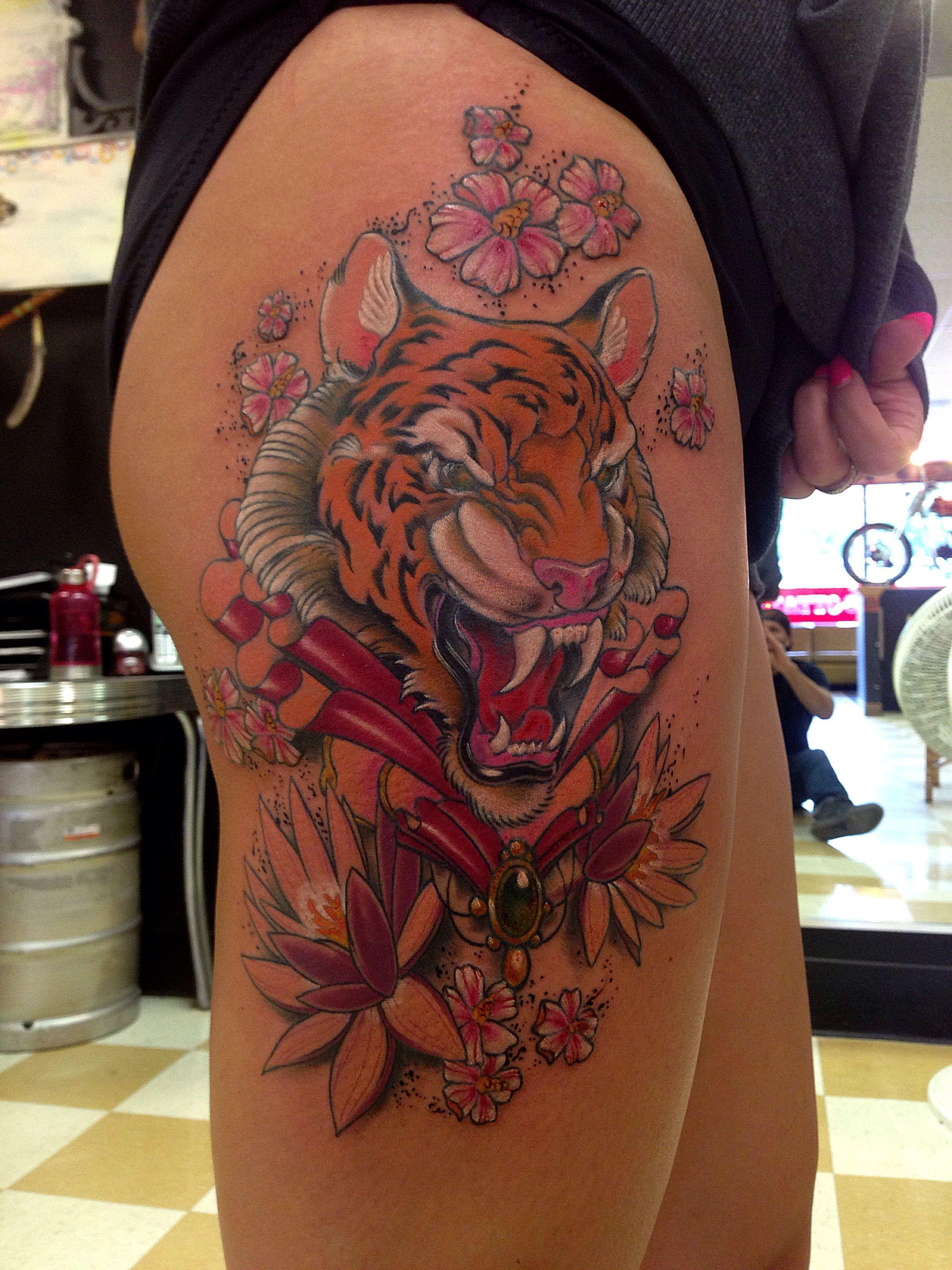 Tiger flowers leg tattoo by Ben Gun benguntattoo
