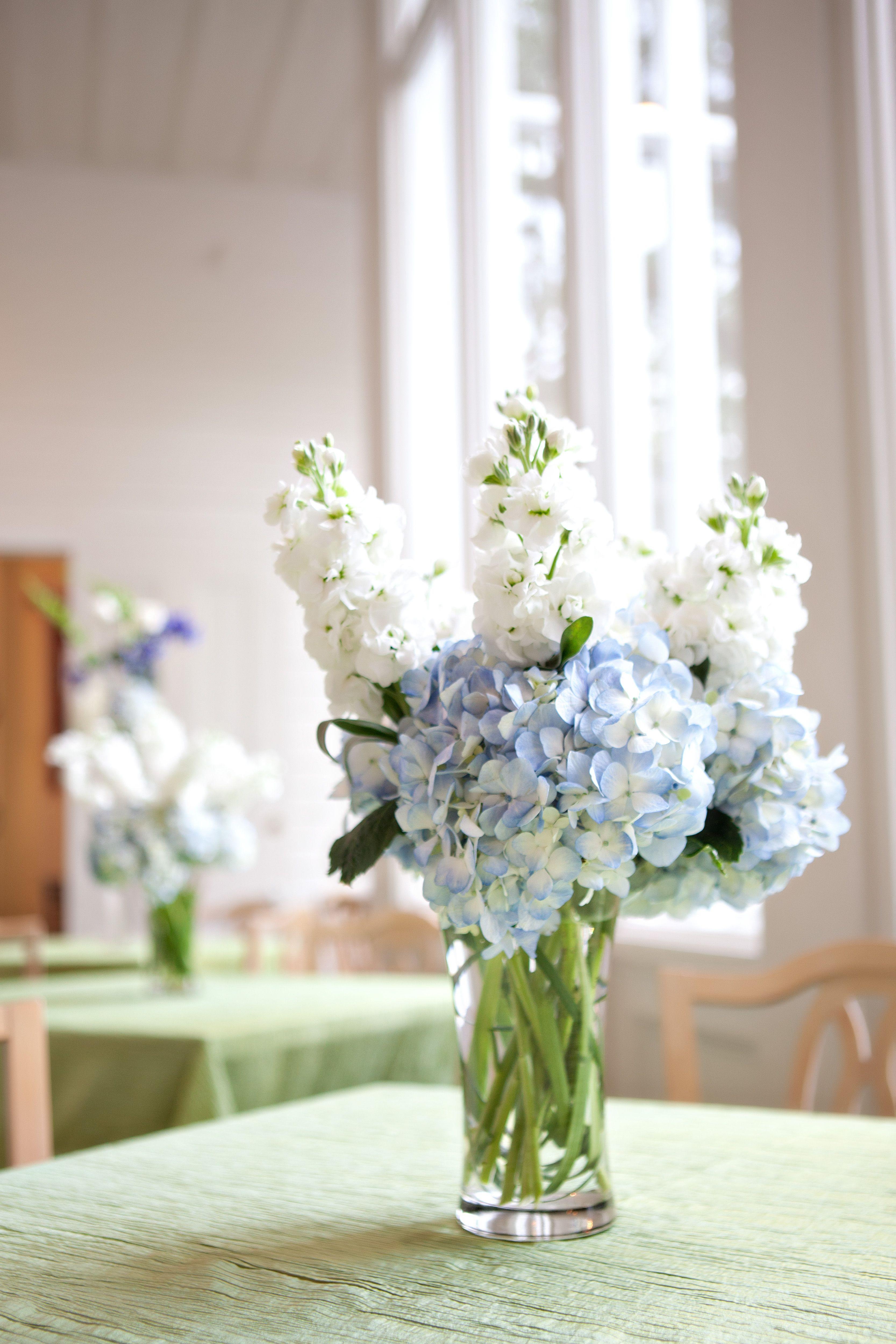 Blue hydrangea centerpiece Hydrangea wedding flower arrangement Beautiful small centerpiece