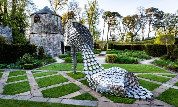 Making of Sculpture Garden- The Trouble-Free Way (the Guardian)