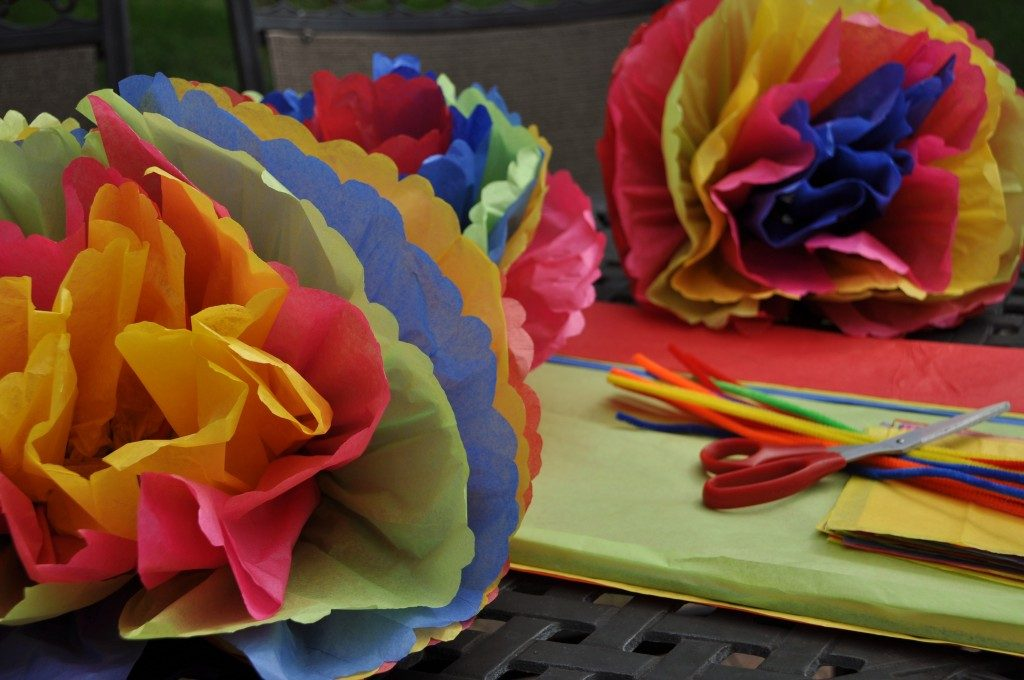 Mexican Tissue Paper Flowers (Guide Patterns)