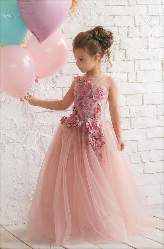 Pink Flowers Girl Dresses (Pinterst)
