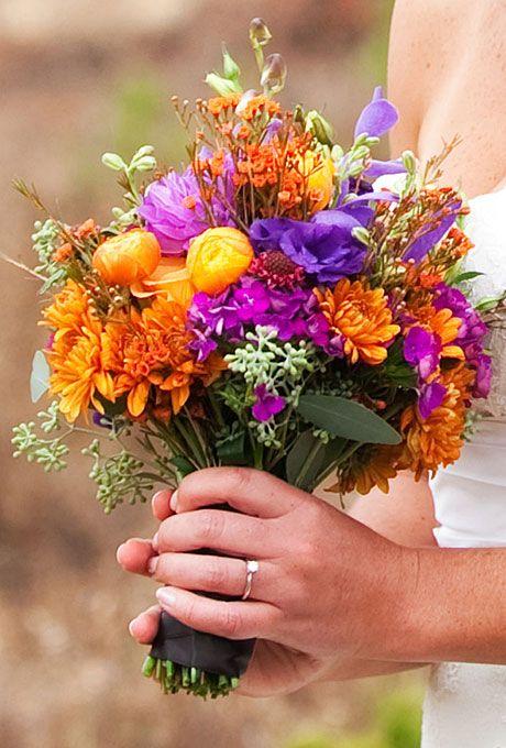 Terrarium Wedding Centerpiece - Wedding Ideas (pinterest.com)