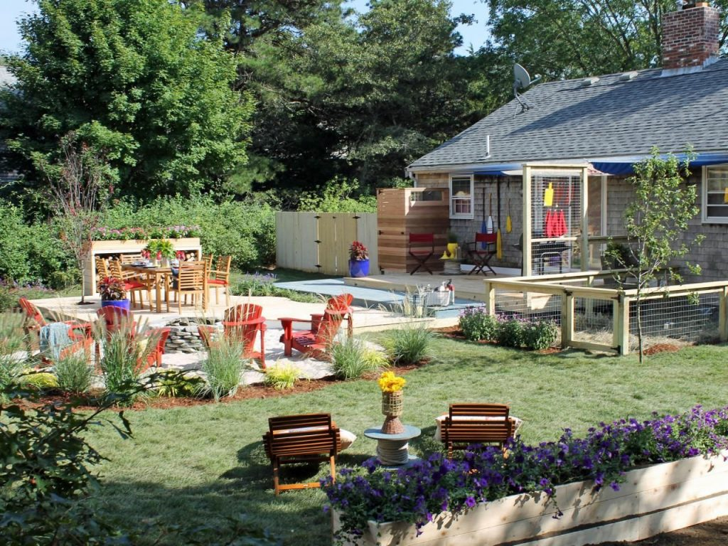 Before-and-After Backyard Makeovers (Pinterest.com)