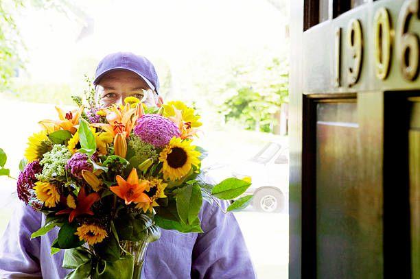Choosing-Best-Online-Flowers-Is-Simple-(Online-Flower-Delivery-Site-123)